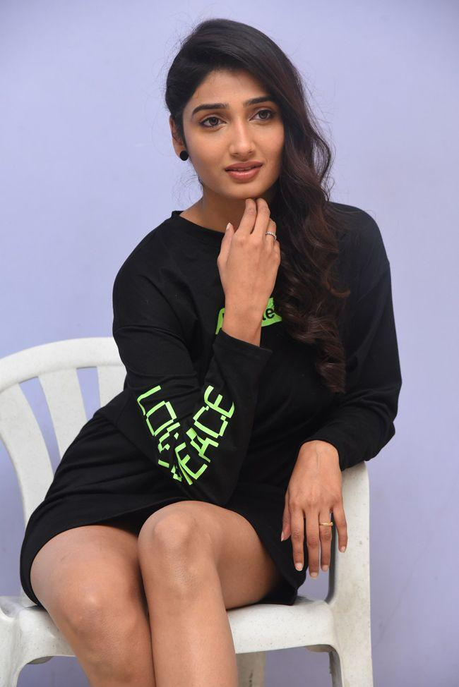 Priya Vadlamani At College Kumar Movie Trailer Launch