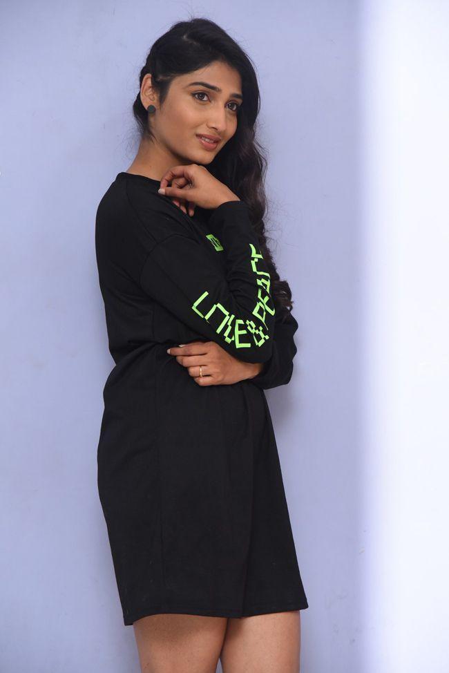 Priya Vadlamani At College Kumar Movie Trailer Launch