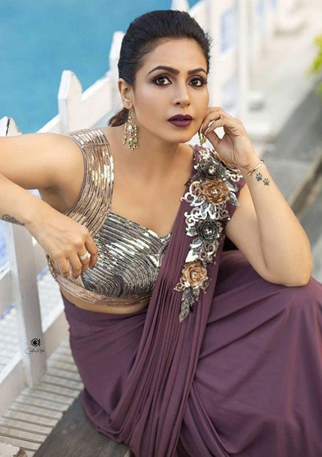 Nandini Rai Ravishing Pictures