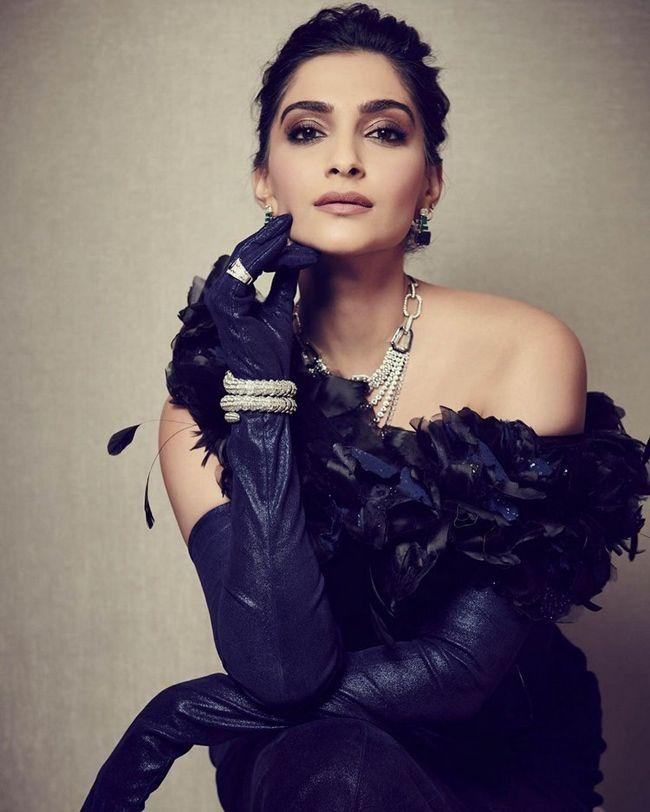 Sonam Kapoor Gorgeous snaps