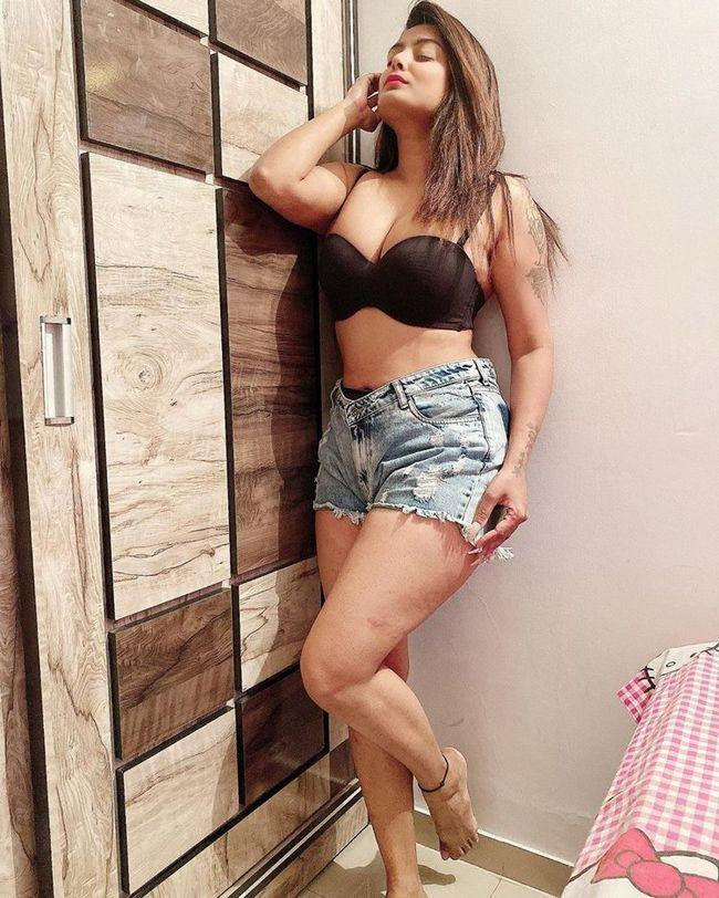 Twinkle Kapoor Captivating Pictures