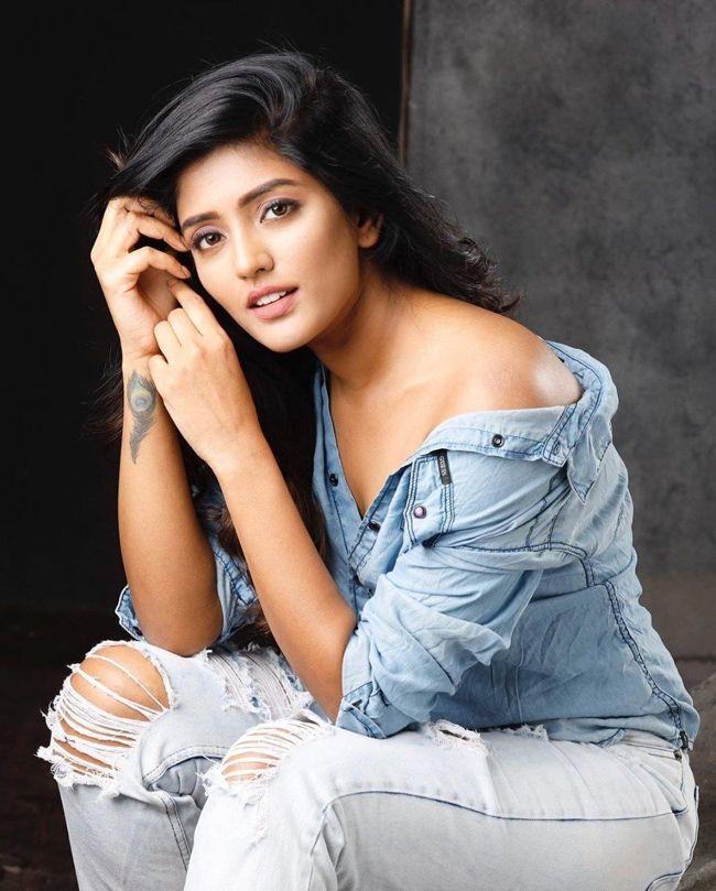 Ravishing Beauty Eesha Rebba Photoshoot Clicks