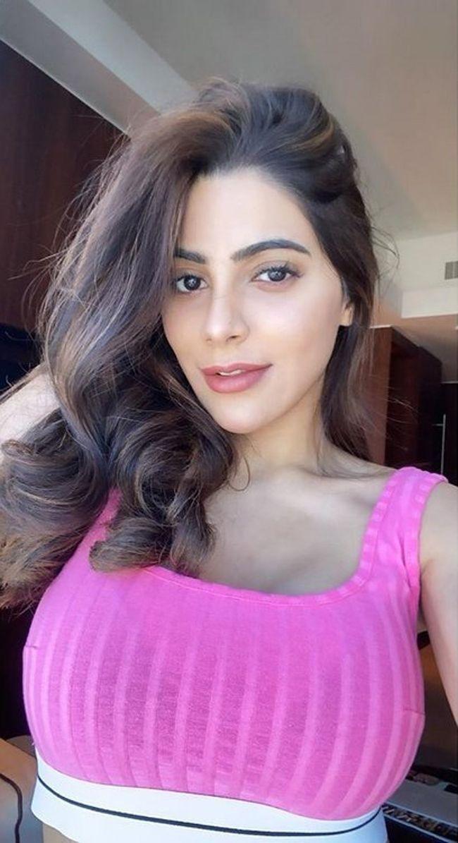 Nikki Tamboli Beautiful Images