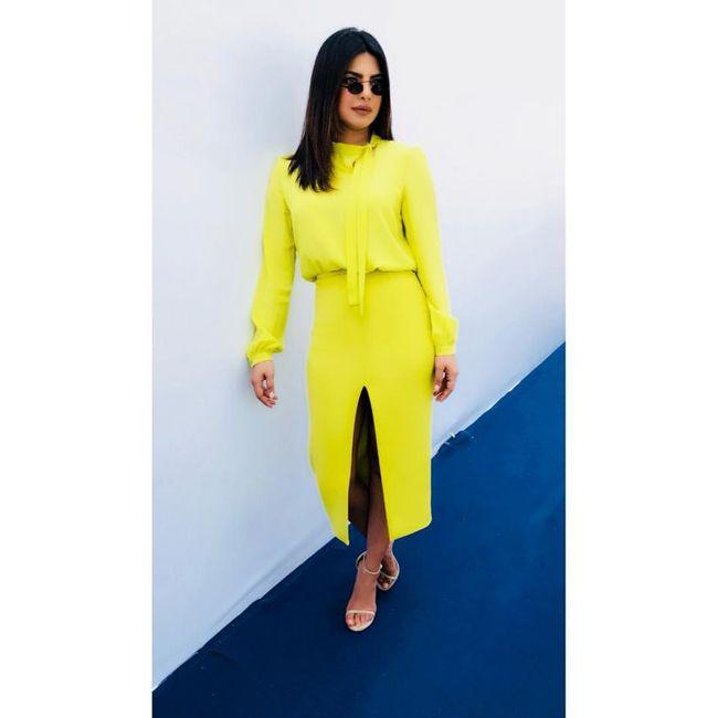 Priyanka Chopra Jonas Looking Stylish