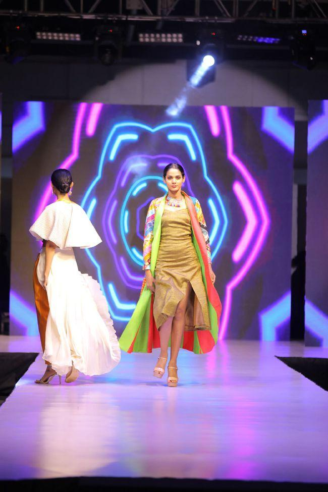 KVR Groups Sthri Designers Fashion Show