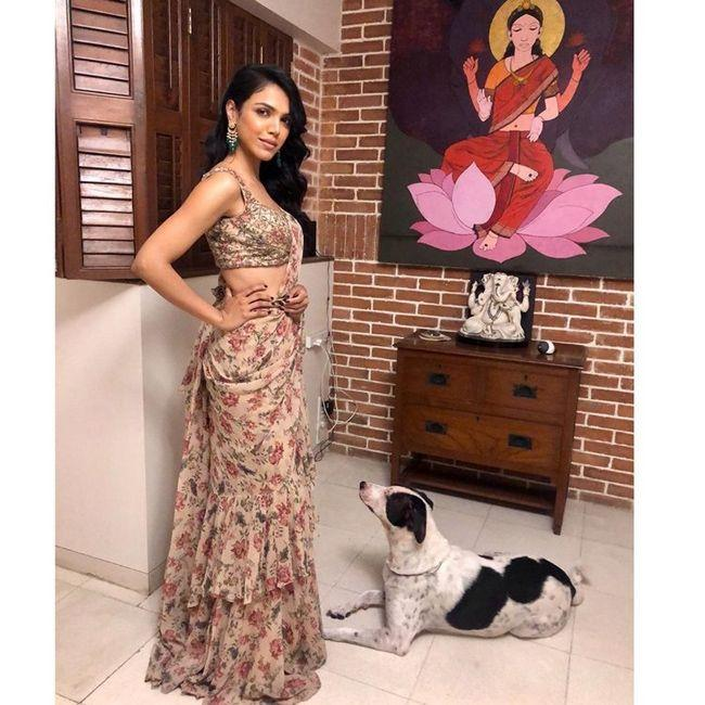 Shriya Pilgaonkar Stunning Stills