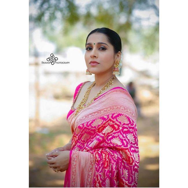 Rashmi Gautam Traditional Looks