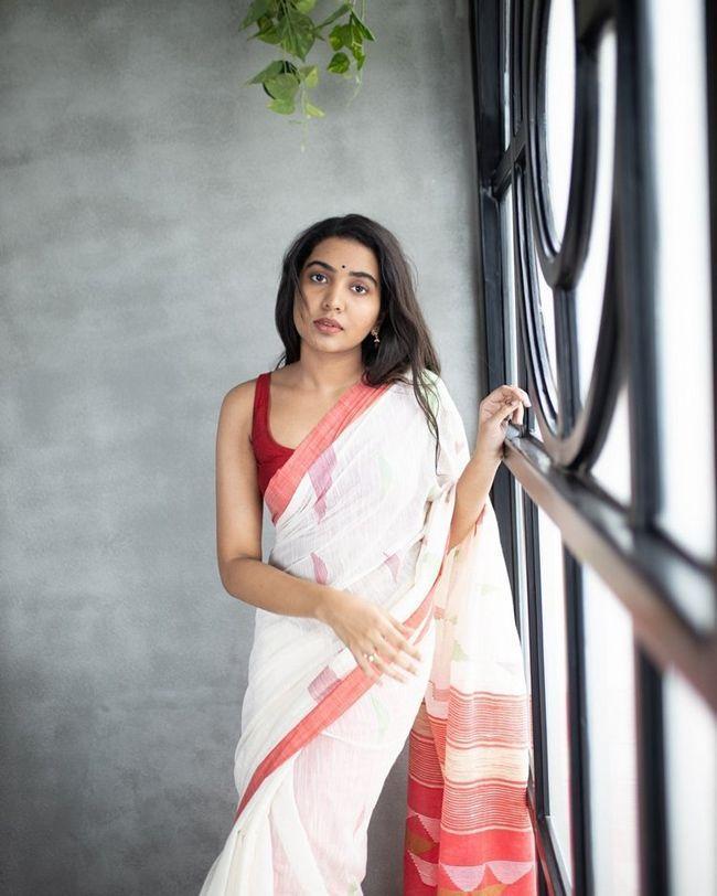Shivathmika Rajashekar Stunning Poses