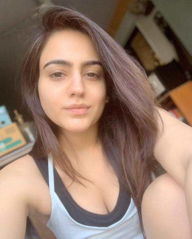 Aksha Pardasany Latest Photos