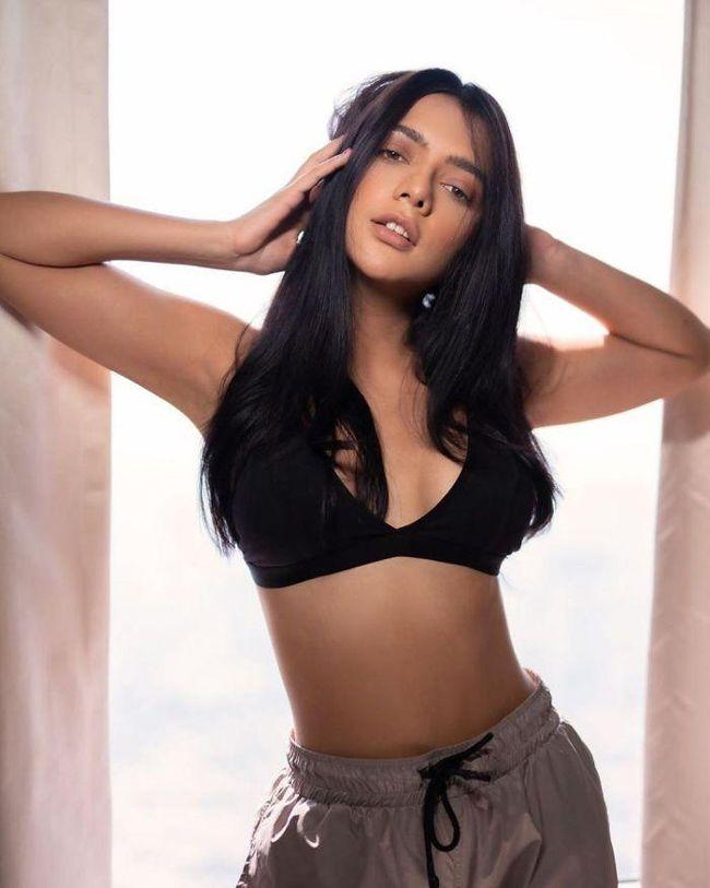 Former Miss India Ruhi Singh Snaps