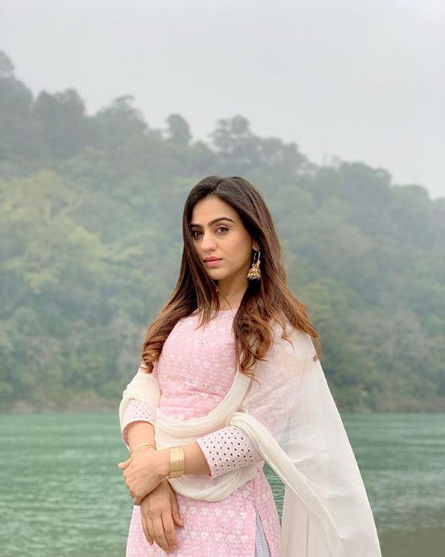 Aksha Pardasany Latest Stills