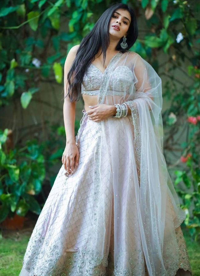 Hebah Patel Hd Pics