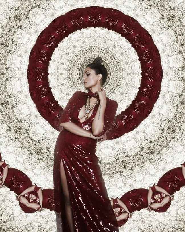 Sushmita Sen Stunning Pictures