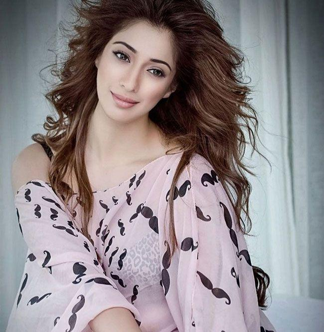 Raai Laxmi Hd photos