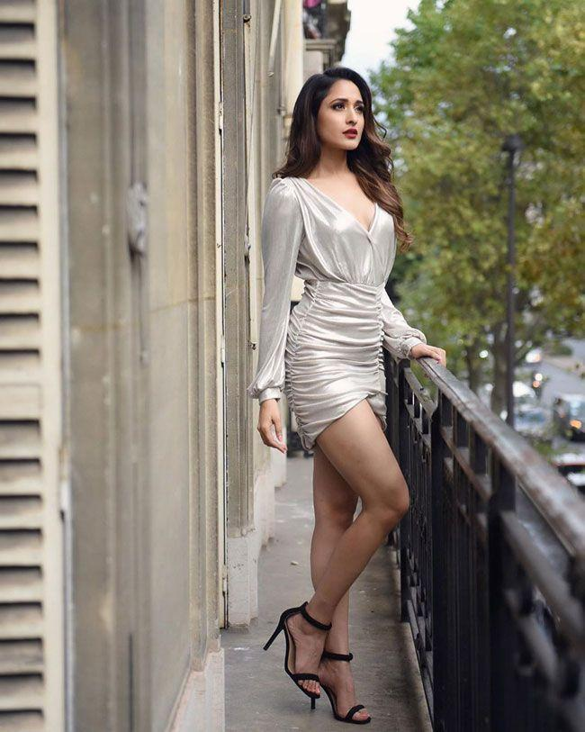 Pragya Jaiswal New Hd Clicks