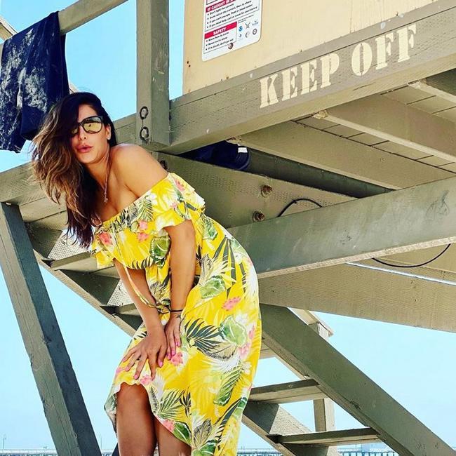 Nargis Fakhri new Glamourous Pics