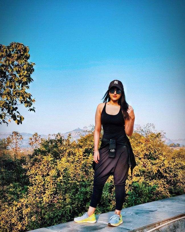 Sonakshi Sinha New Looks