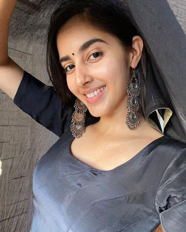Simrat Kaur Beautiful Clicks