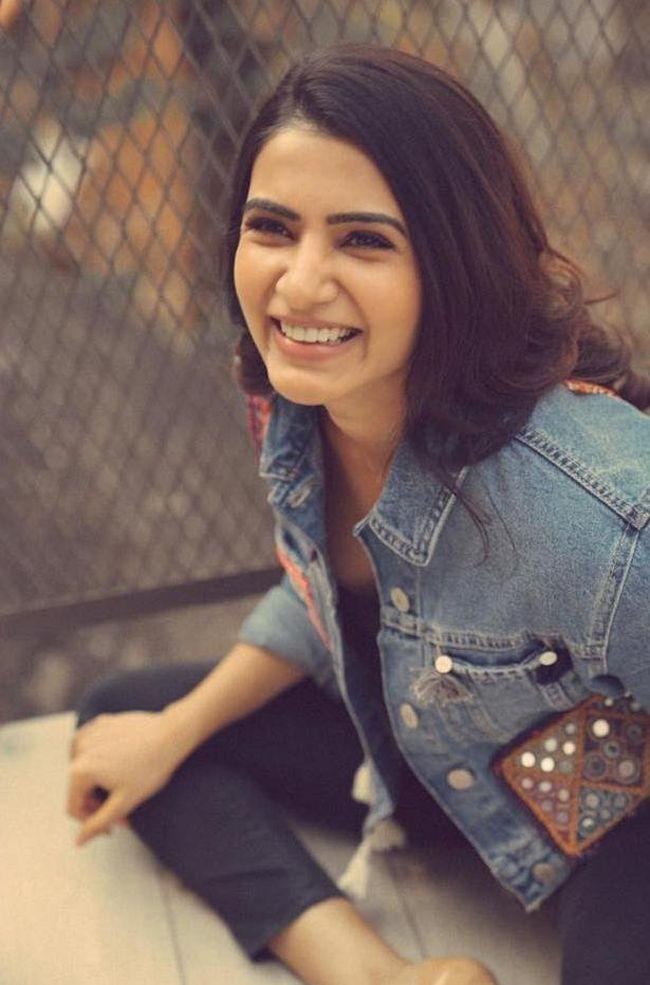 Samantha Akkineni Beauty Clicks