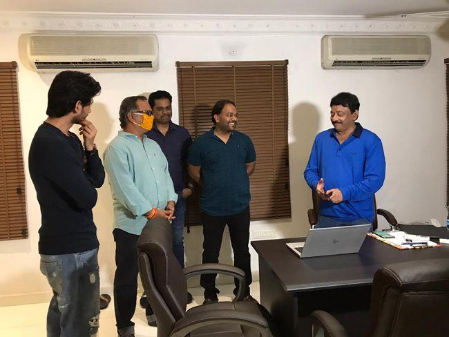RGV Launches Valliddari Madhya Movie Lyrical Song