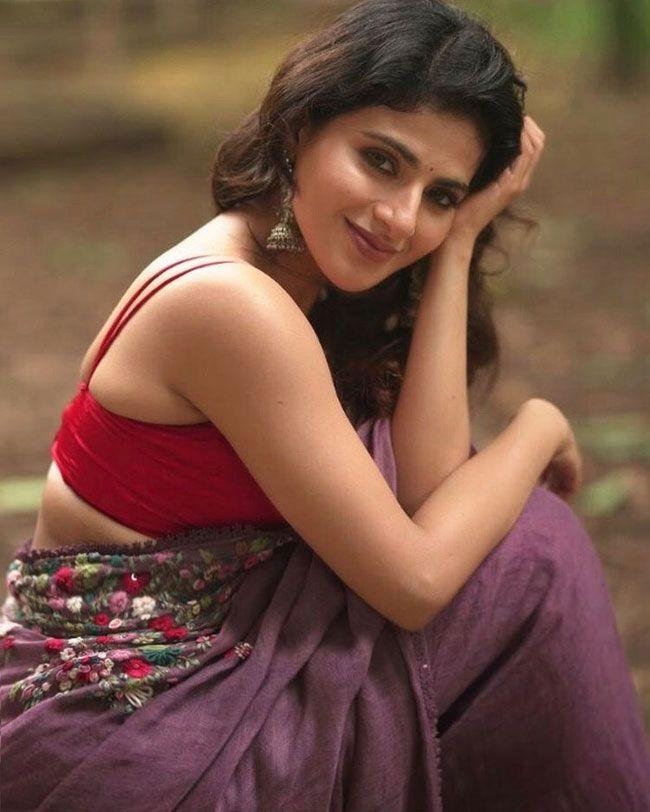 Iswarya Menon Gallery pictures