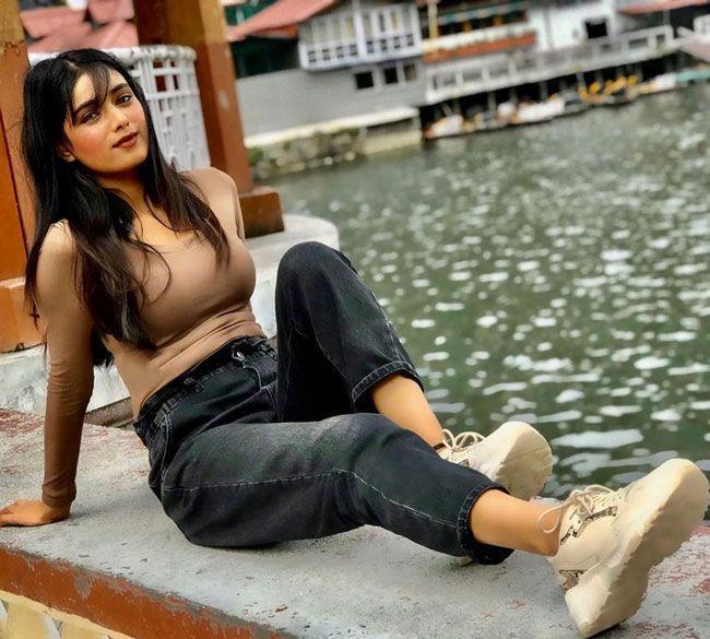 Neha Solanki Latest Pics