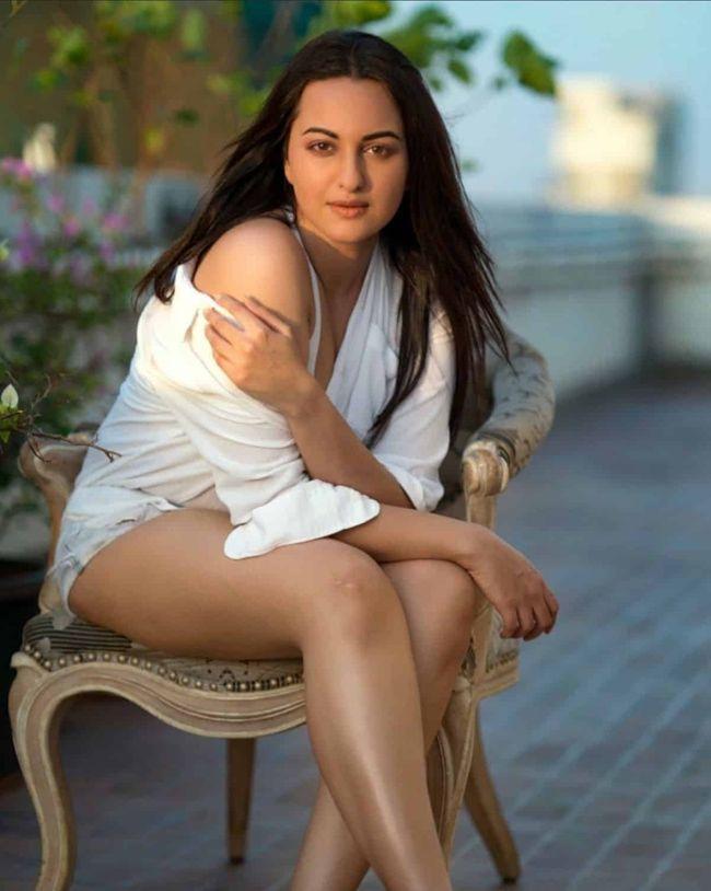 Sonakshi Sinha Awesome Photoshoot