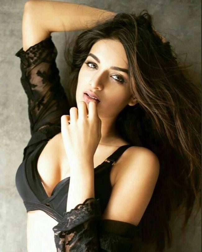 Nidhhi Agerwal Looking Gorgeous In Black
