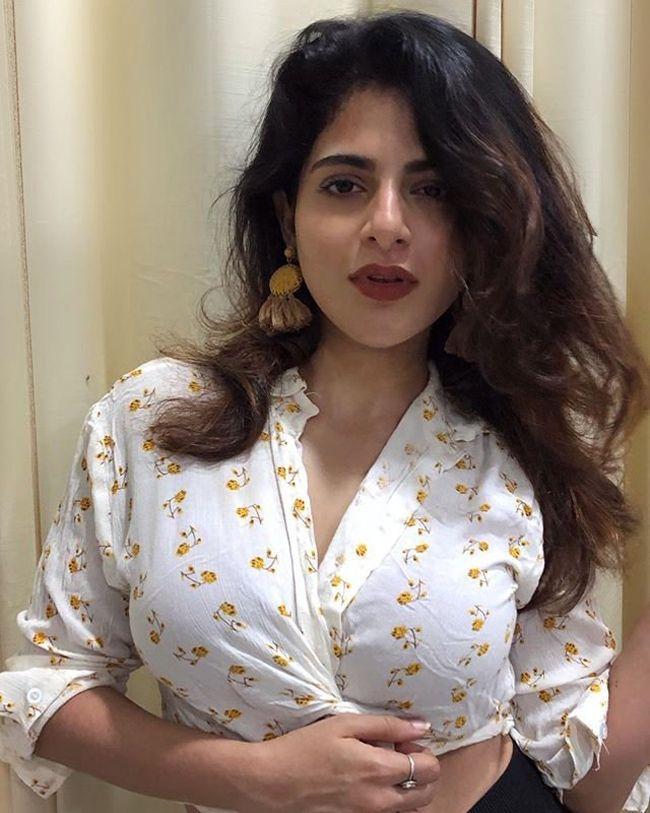 Iswarya Menon Mesmerizing Stills