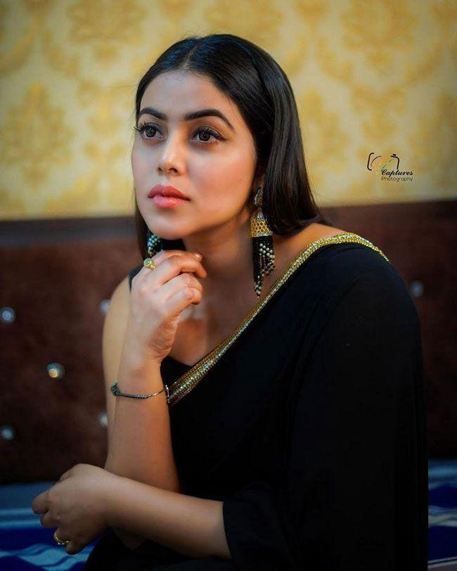 Poorna Beautiful Images