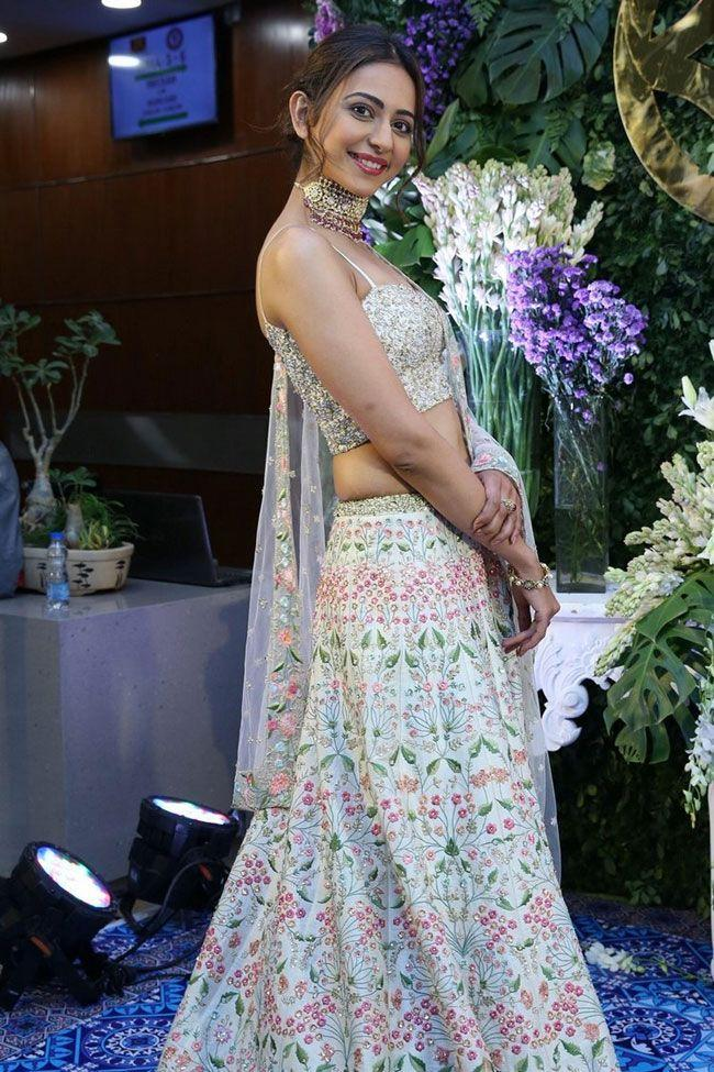 Rakul Preet Beautiful Stills