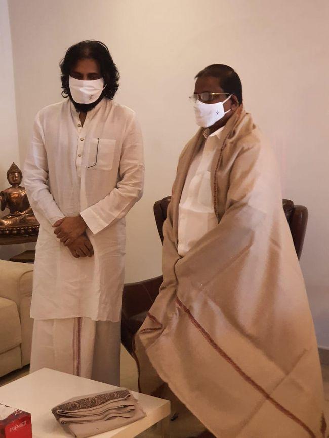 AP BJP President Somu Veerraju Met Pawan Kalyan