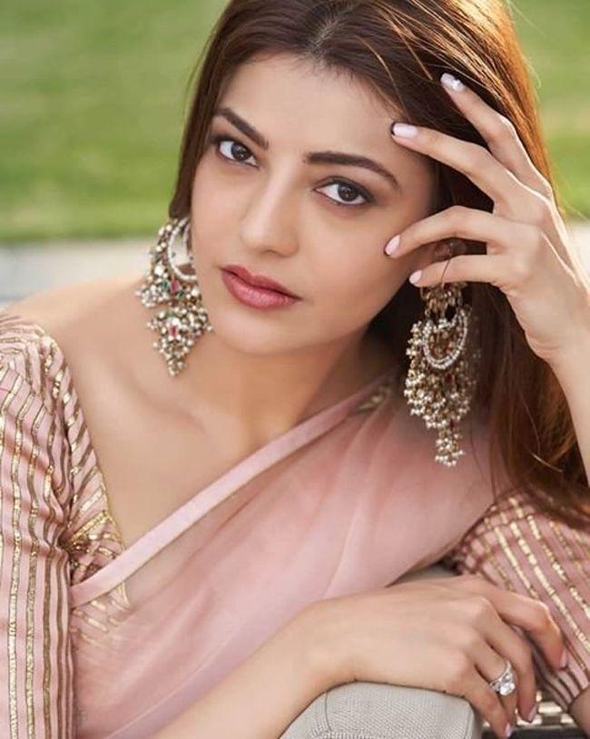 Kajal Aggarwal Looking Gorgeous