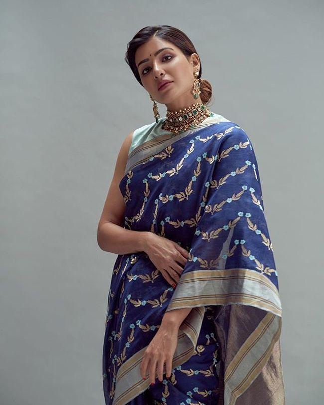 Samantha Akkineni Adorable Stills