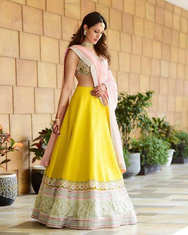 Pragya Jaiswal Beautiful Pics