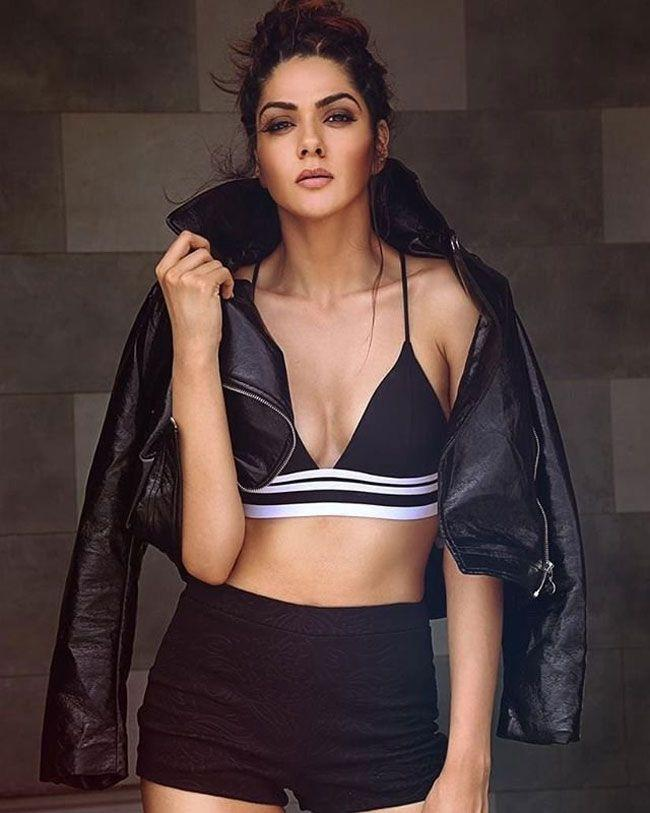 Sakshi Chaudhary New Hd Pictures