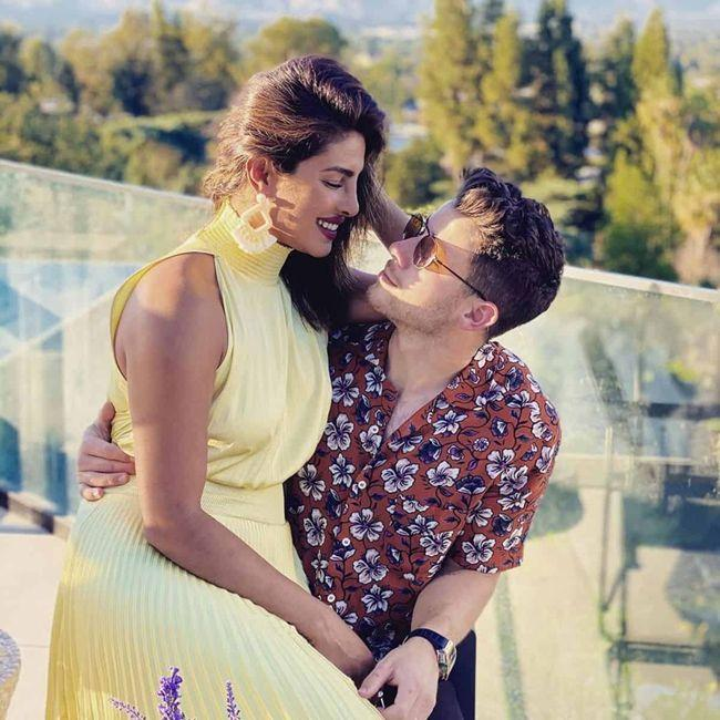 Priyanka Chopra And Nick Awesome Pics