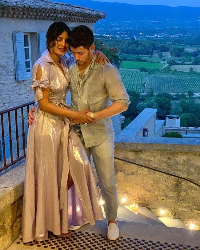 Priyanka Chopra And Nick Jonas Lovely Pictures