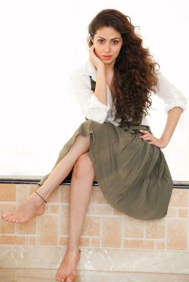 Sadha Gorgeous Photos Collection