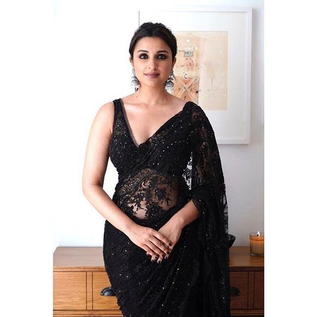 Parineeti Chopra Looking Beautiful