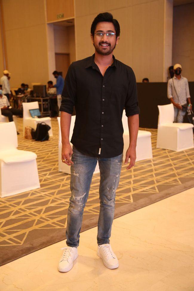 RajTarun At OreyBujjiga Movie Pre Release Event