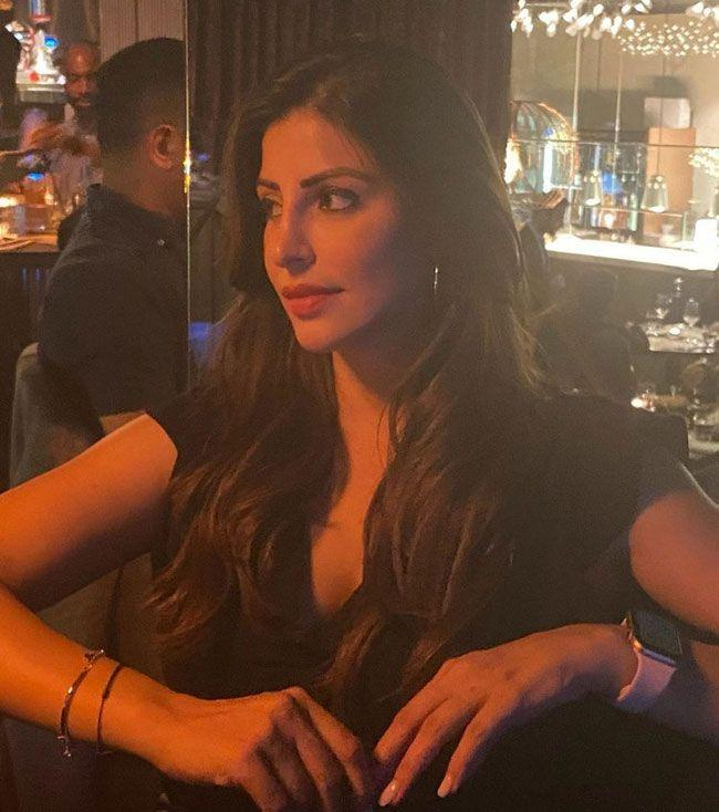Karishma Kotak Latest stills