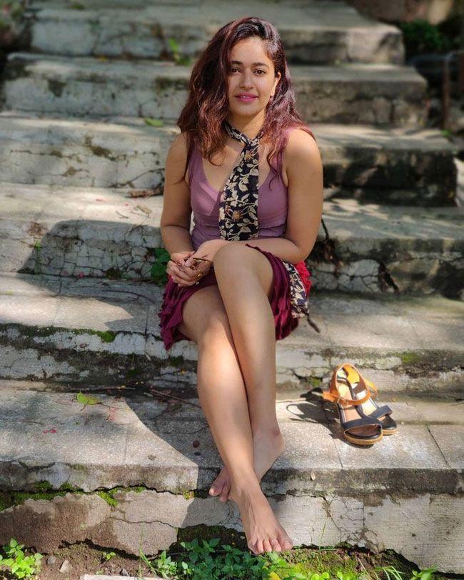October 17th Actress Insta Clicks