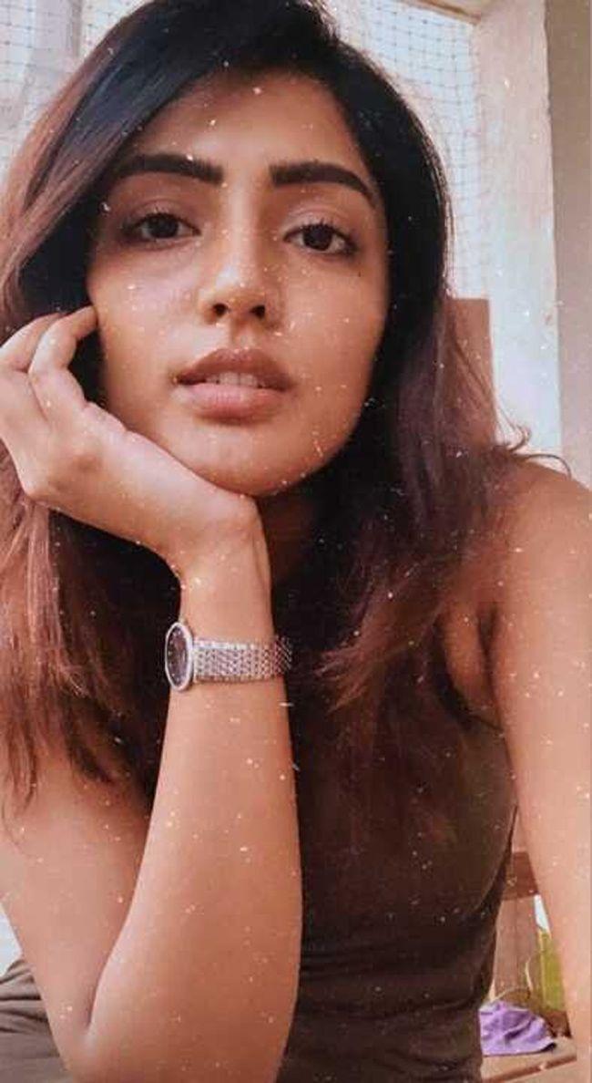 Eesha Rebba Trendy Looks