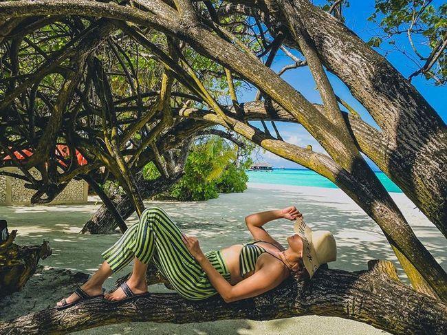 Taapsee Pannu Enjoying Holiday At Maldives