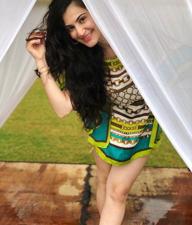 Shivaleeka Oberoi Latest Photos