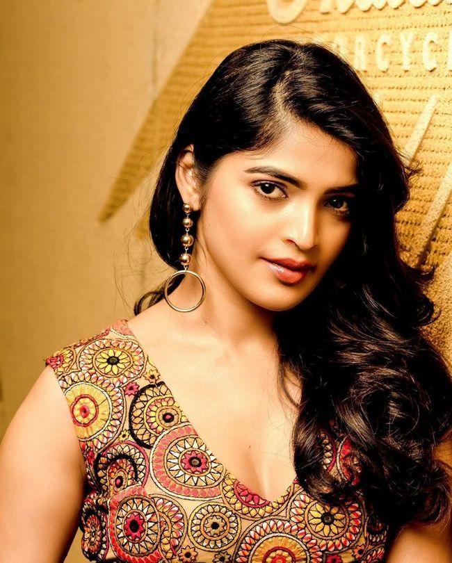 Sanchita Shetty Trendy Photoshoot Clicks