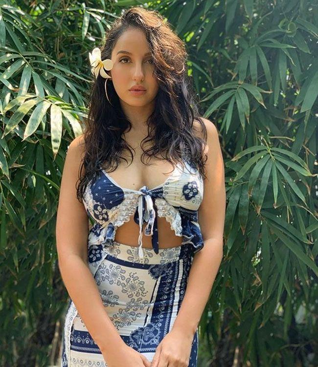 Nora Fatehi Stuns You In Her Glamorous Images