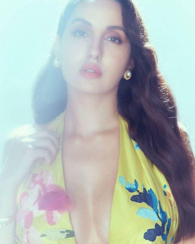 Nora Fatehi looking Beautiful with new stills in the photoshoot