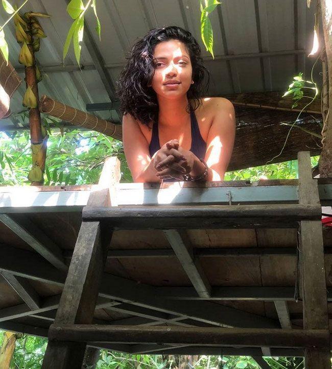 Amala Paul Joyful Clicks
